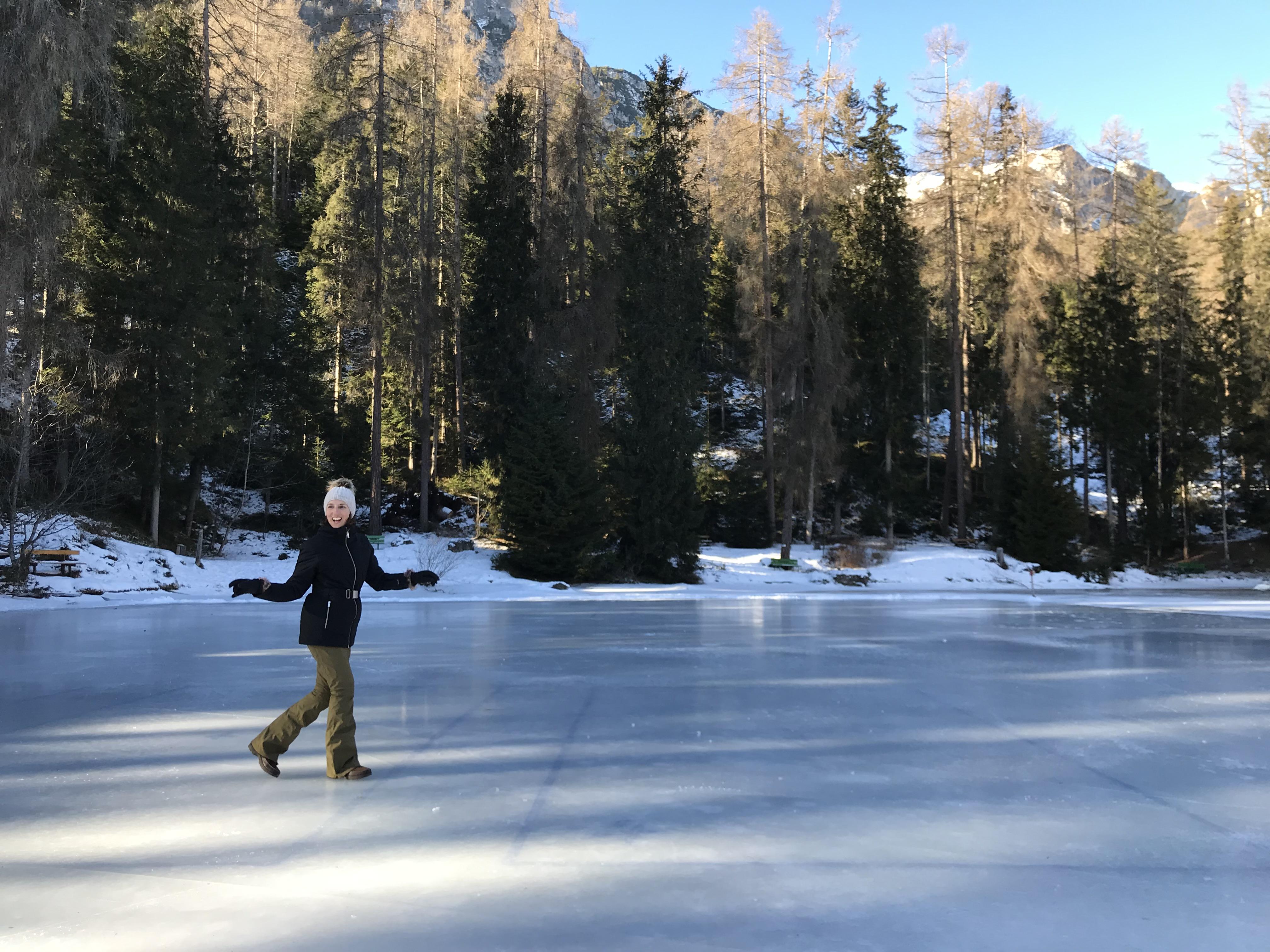 pattinare sul ghiaccio in alta badia