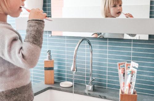 lavare i denti bambini 44 gatti